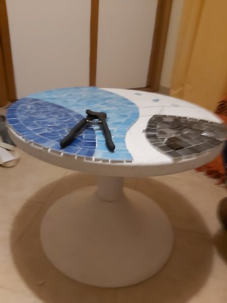 Click image for larger version.  Name:coffee-table-2.jpg Views:18 Size:26.7 KB ID:25435