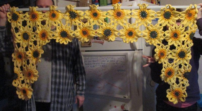 Click image for larger version.  Name:Flower Valance Finished.jpg Views:2 Size:82.0 KB ID:25571