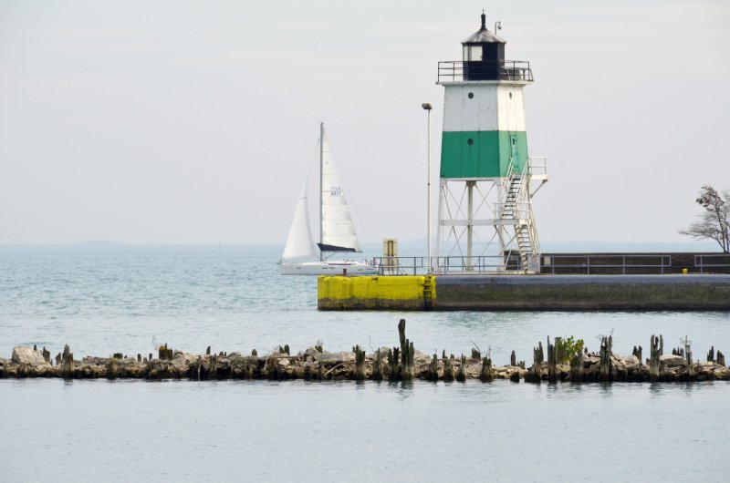 Click image for larger version.  Name:lighthouse.jpg Views:27 Size:55.3 KB ID:10159