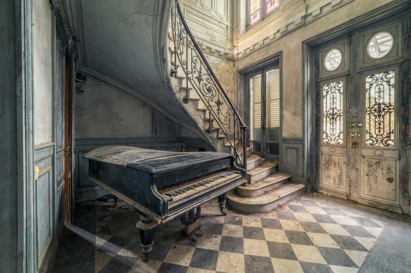 Click image for larger version.  Name:michael-schwan-abandoned-places-6.jpg Views:2 Size:107.1 KB ID:23950