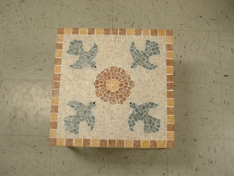 Click image for larger version.  Name:mosaic table 22.jpg Views:3 Size:76.7 KB ID:19751