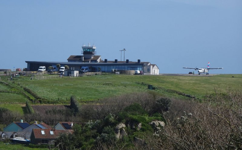 Click image for larger version.  Name:St Mary's Airport.jpg Views:4 Size:71.5 KB ID:23696